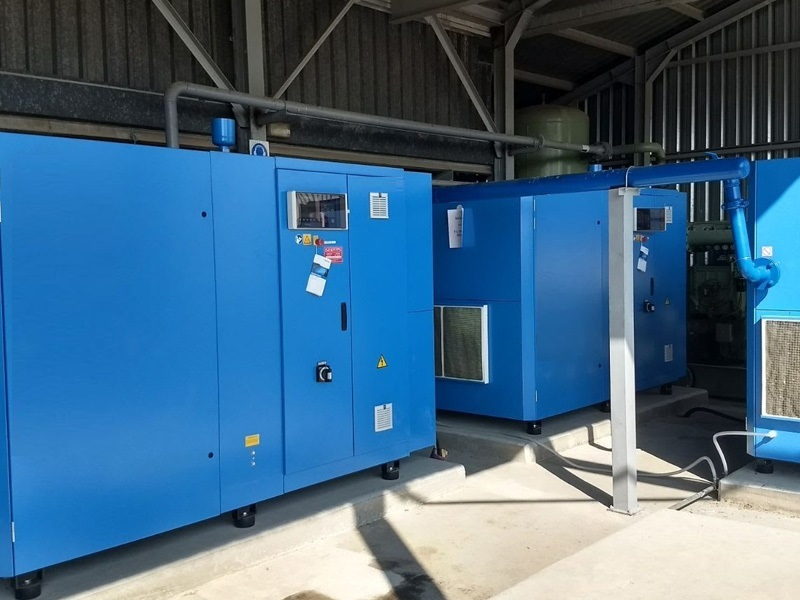 Instalación-de-sala-de-compresores-exentos-de-aceite-para-Planta-Química-SEGUAS